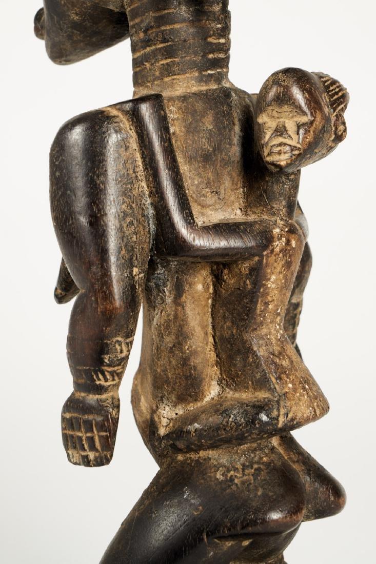 Dan Lu Me Figure with elaborate Heardress Tribal Art - 10