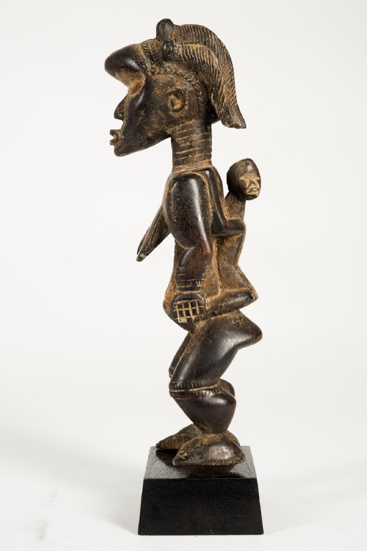 Dan Lu Me Figure with elaborate Heardress Tribal Art - 4