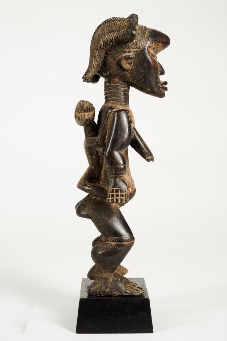 Dan Lu Me Figure with elaborate Heardress Tribal Art - 8