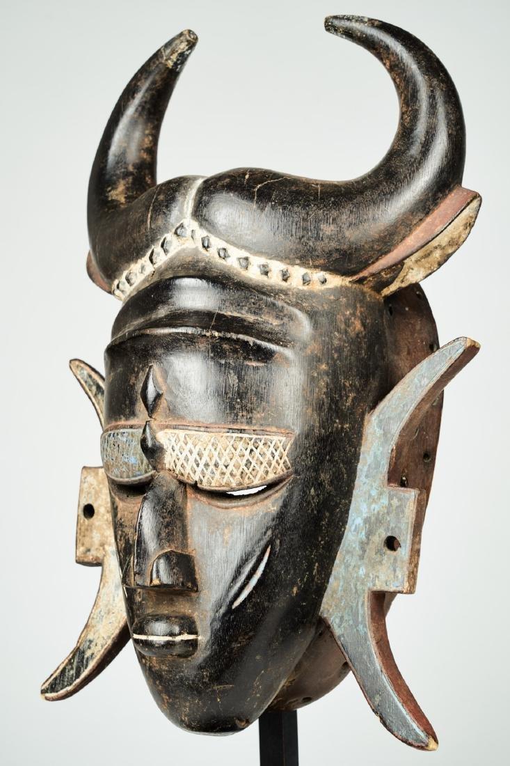 A Jimini mask with large buffalo horns Tribal Art - 3