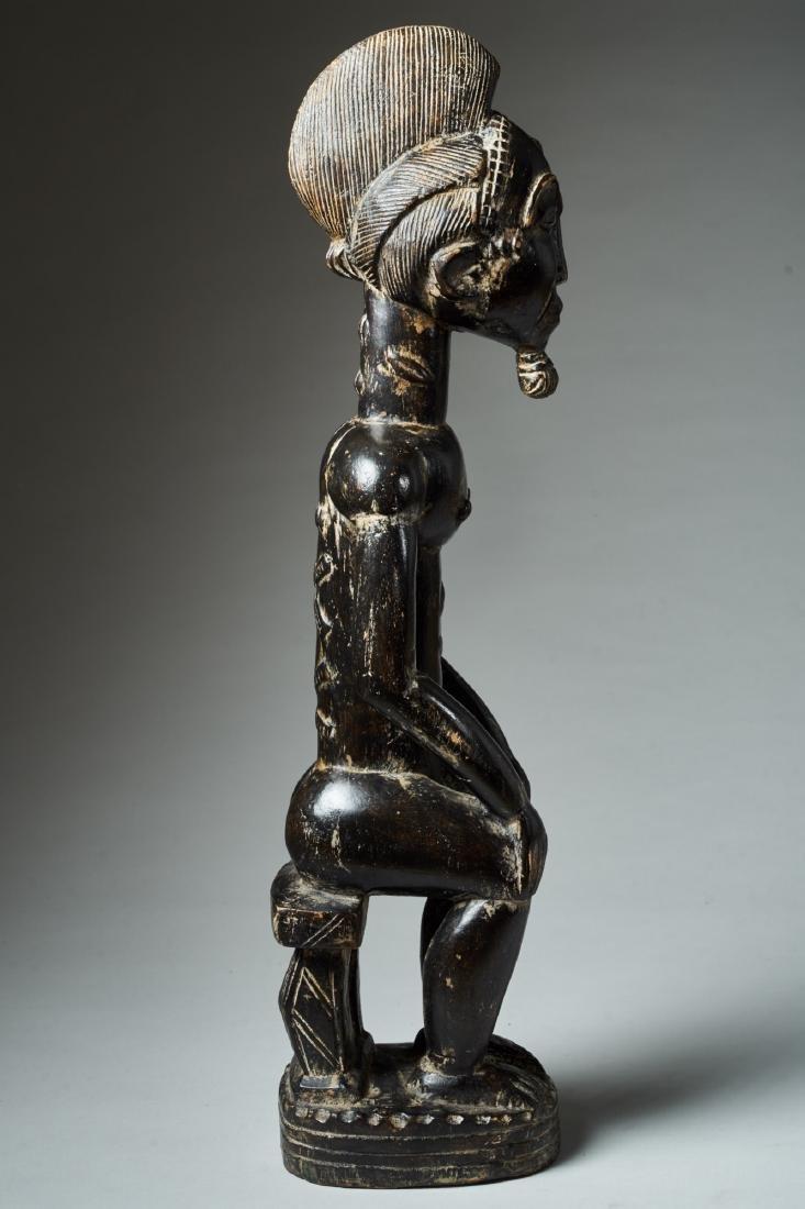 A Baule Sitting Male Figure Tribal Art - 5