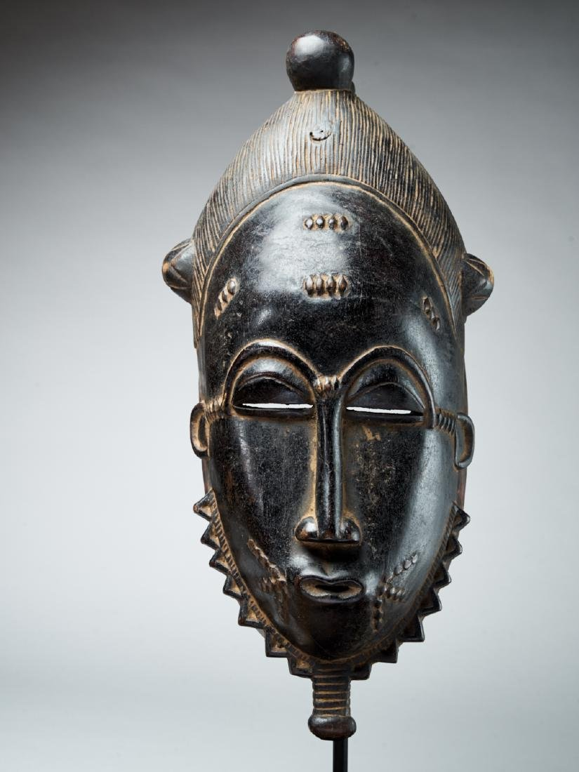 Baule Kpan mask with a black face - Tribal Art - 2