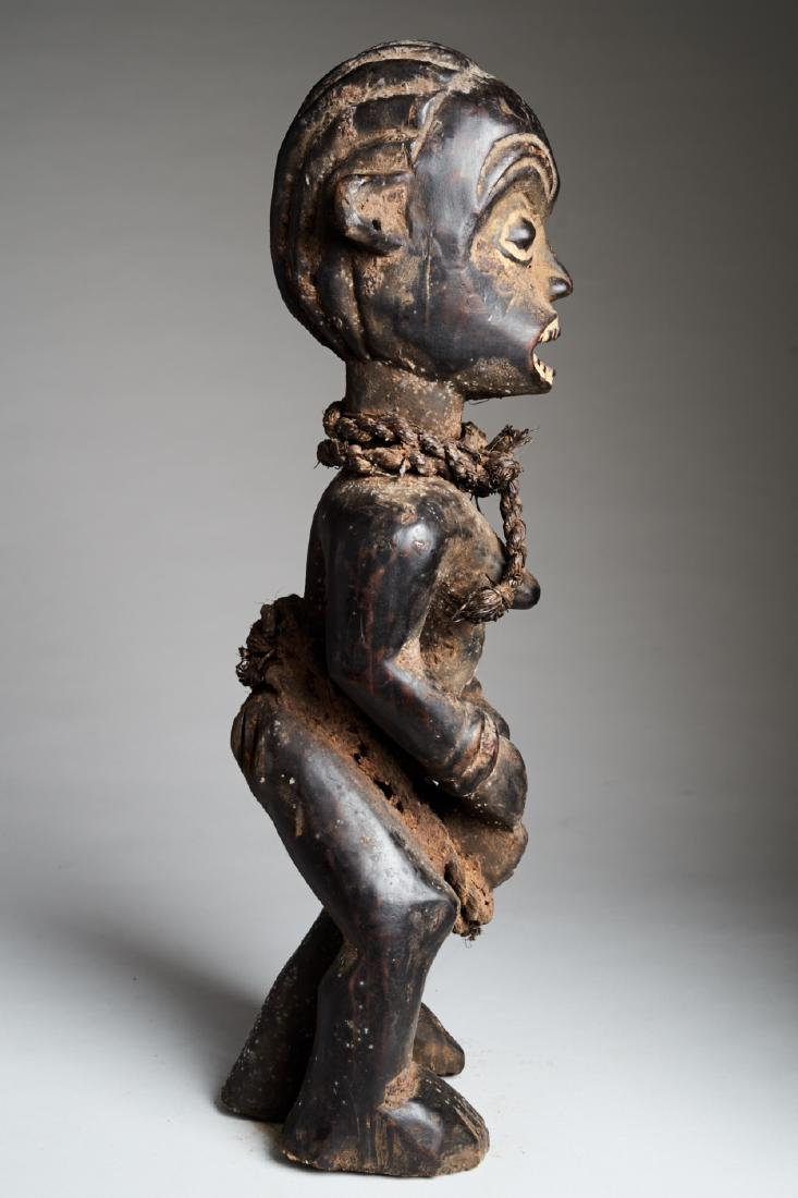 African Female Statue playing Drums Tribal Art - 3
