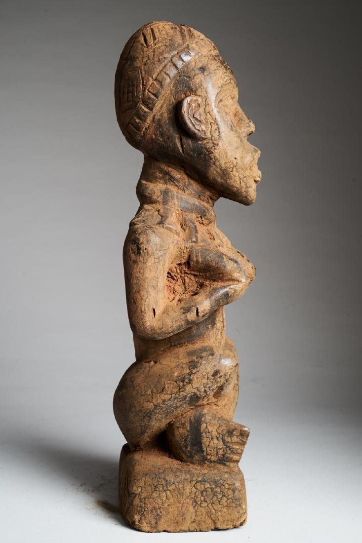 Kongo Female Statue in Phemba position Tribal Art - 3