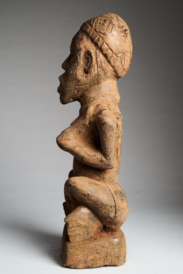 Kongo Female Statue in Phemba position Tribal Art - 5