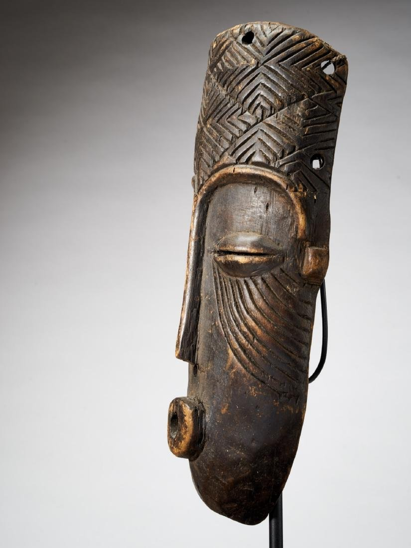 African Mask with Scarifications Tribal Art - 2