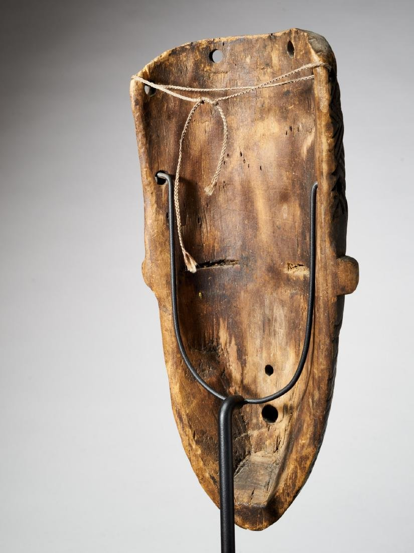 African Mask with Scarifications Tribal Art - 3