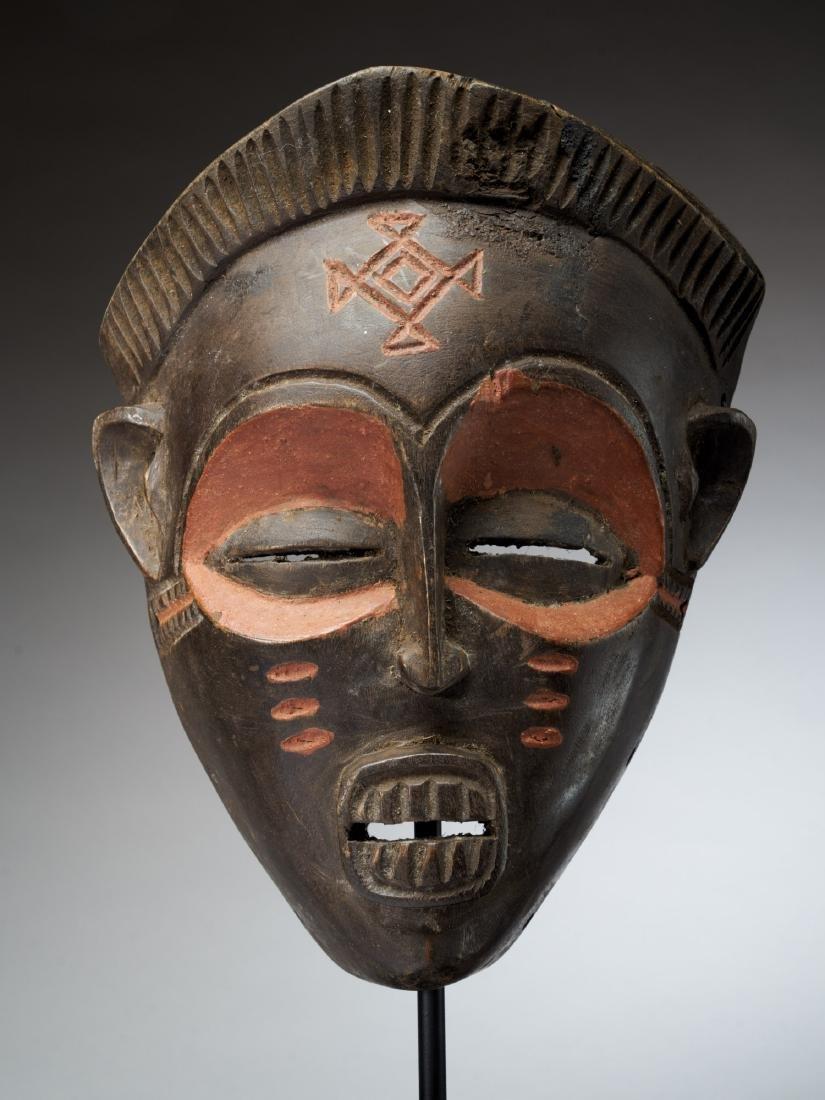 Chokwe Face Mask with Scarification Tribal Art - 2