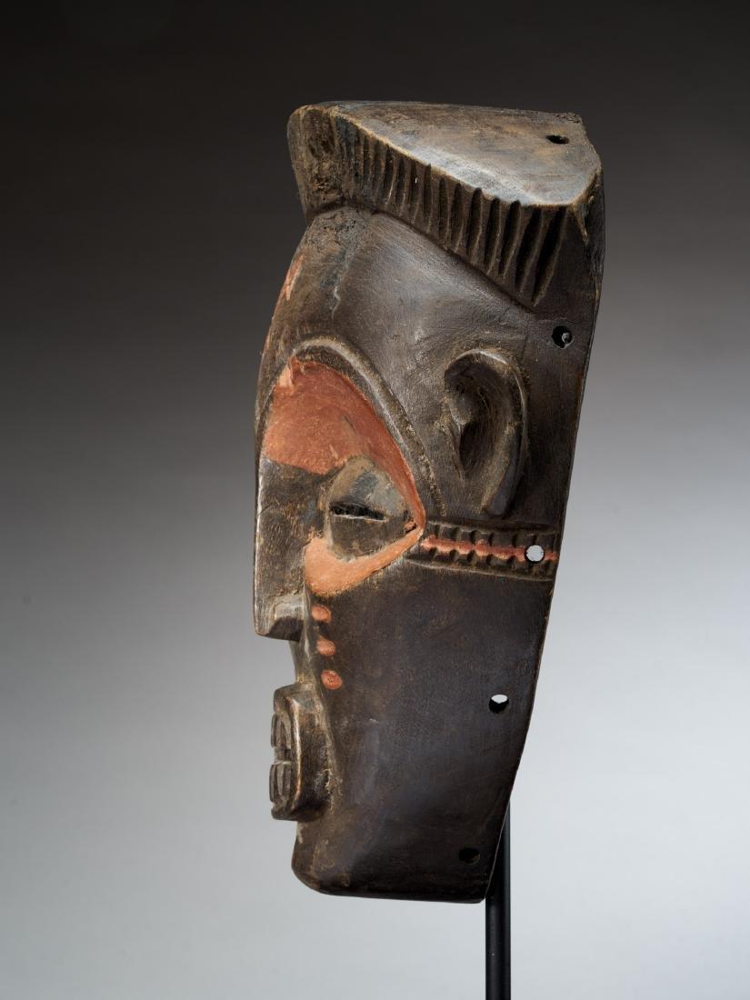 Chokwe Face Mask with Scarification Tribal Art - 3