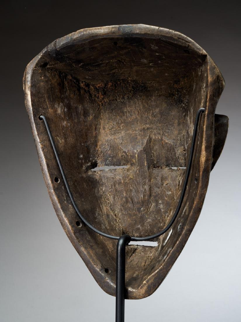 Chokwe Face Mask with Scarification Tribal Art - 4