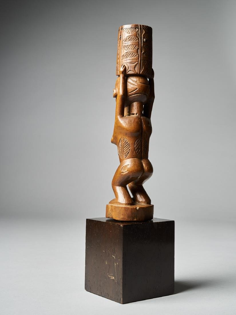 Standing Female Figure with scarifications - Dondo - 3