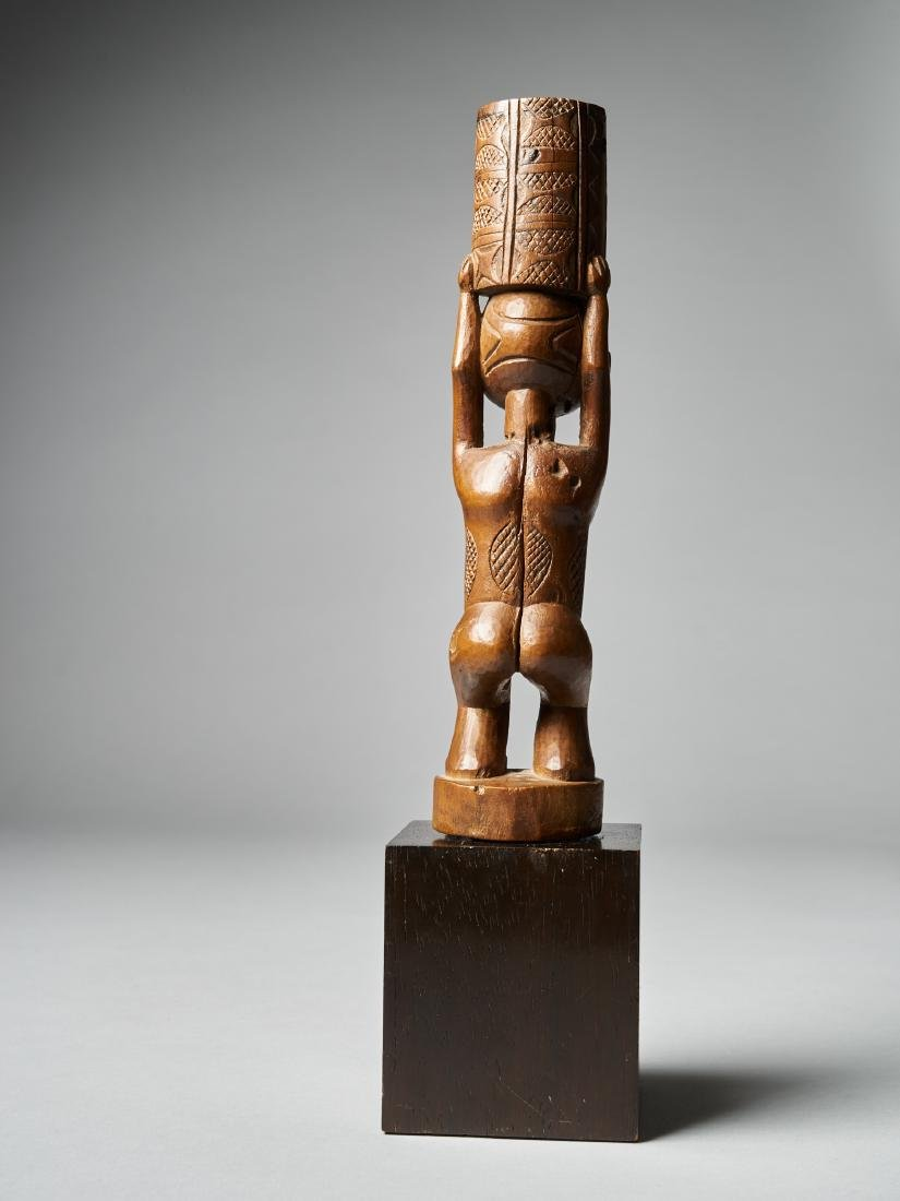 Standing Female Figure with scarifications - Dondo - 4