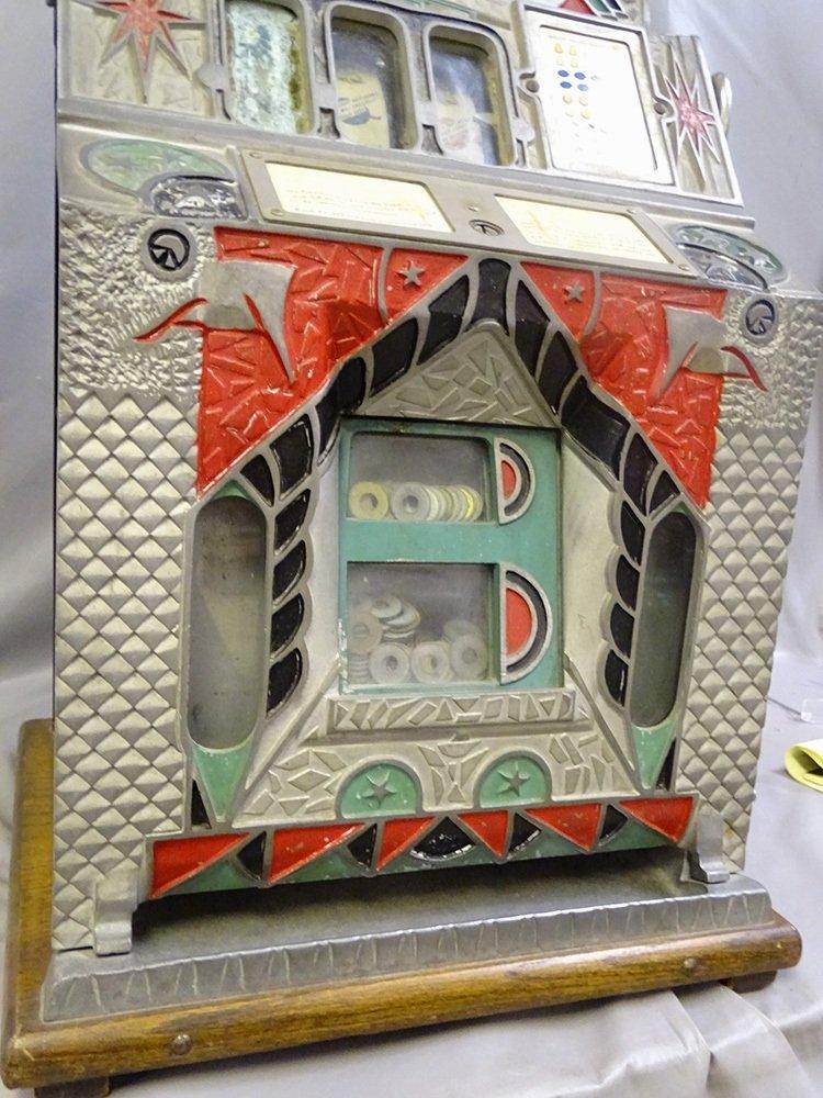 5 Cent Mills 1931 Slot Machine - 3