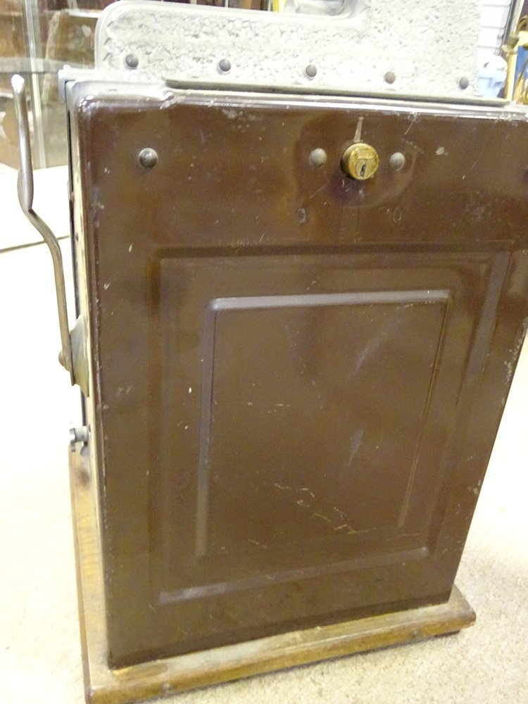 5 Cent Mills 1931 Slot Machine - 9