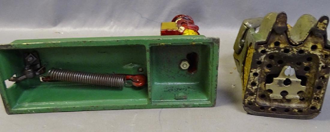 2 Mechanical Banks - 5