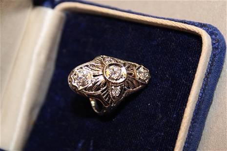 14k White Gold Ladies Victorian Diamond Ring