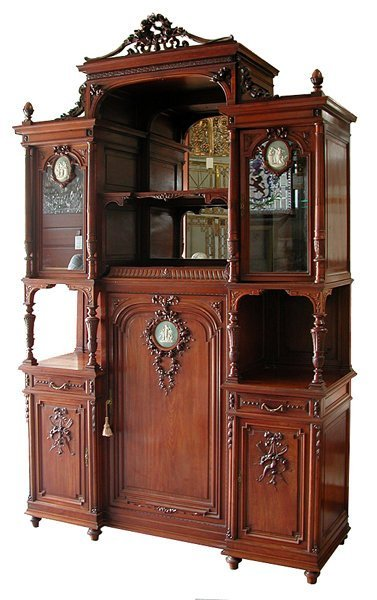 2007: 5797 Antique French Cabinet with Wedgwood Plaques