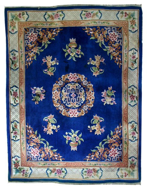 5842 Large Chinese Rug with Decorative Pattern