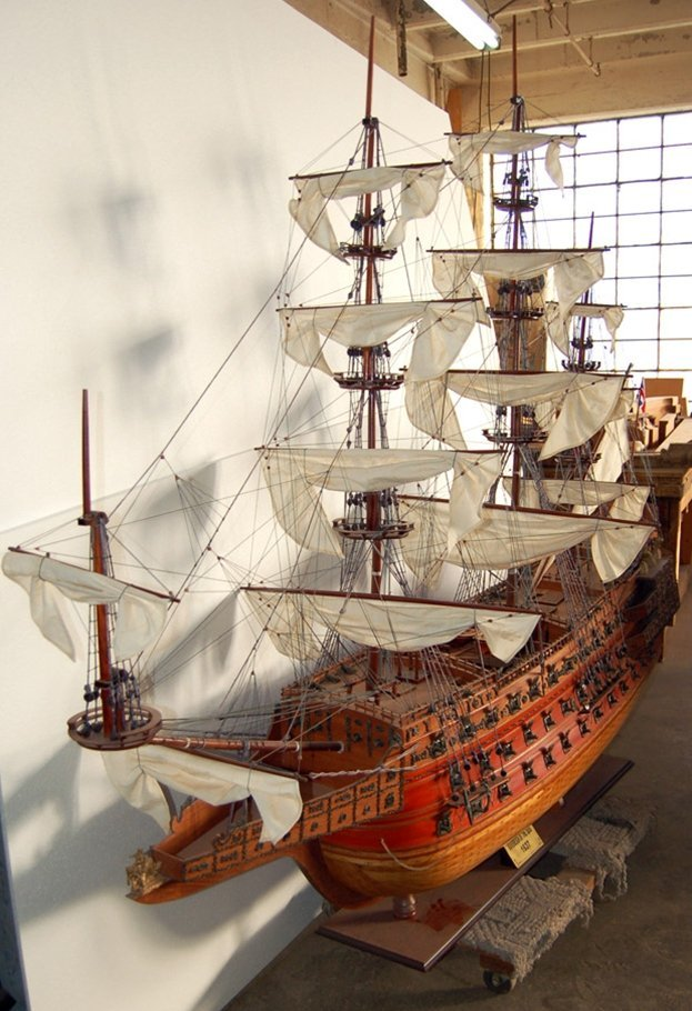 7557 Ship Model - The Sovereign of the Seas 1637 - 2