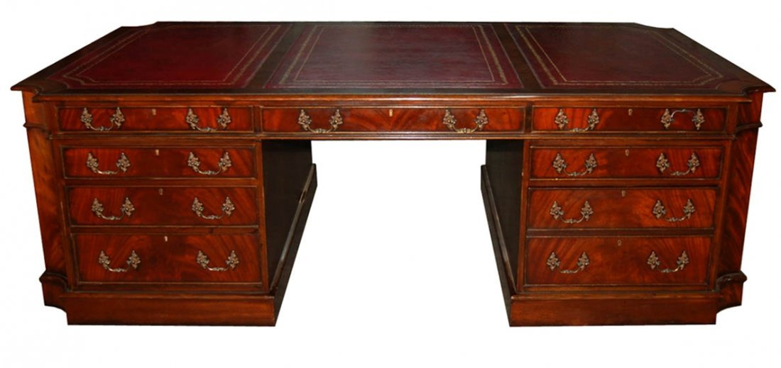 7419 English Mahogany Partners Desk with Leather Top