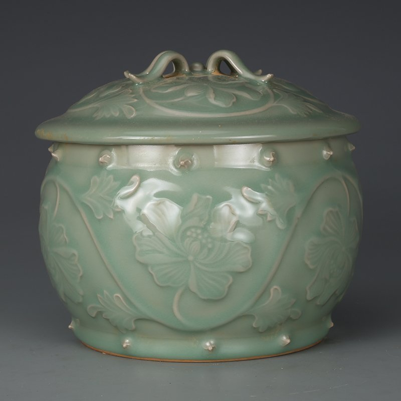 Chinese glaze peony cans in Song Dynasty