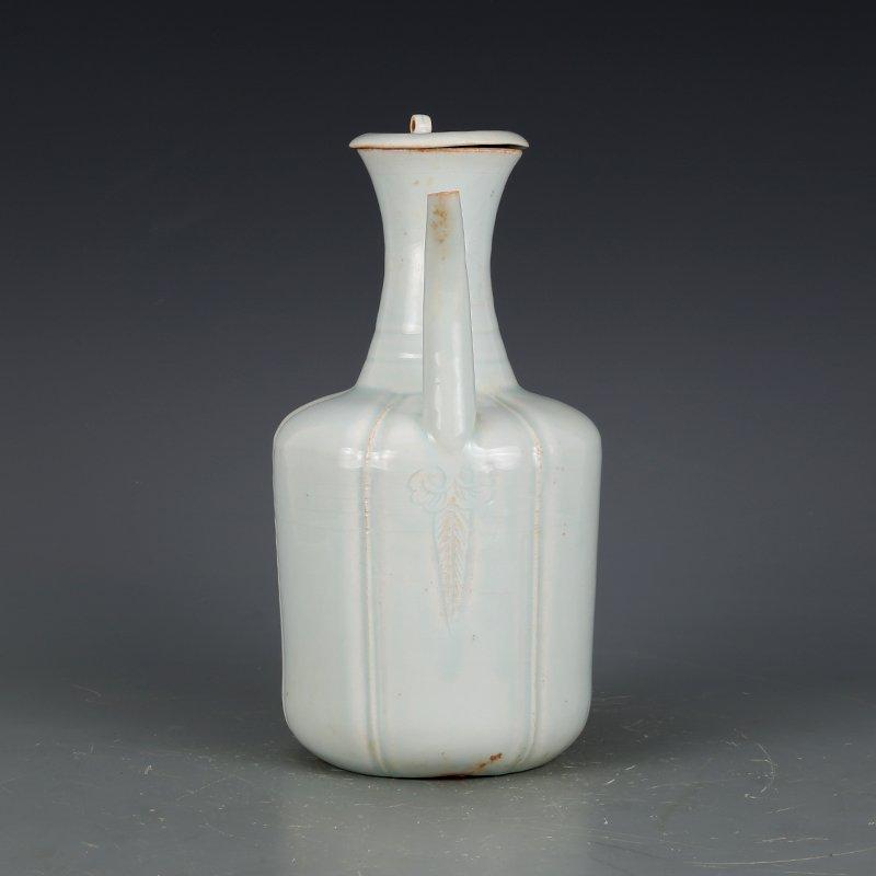 Song Dynasty green glaze hand-held pot - 2