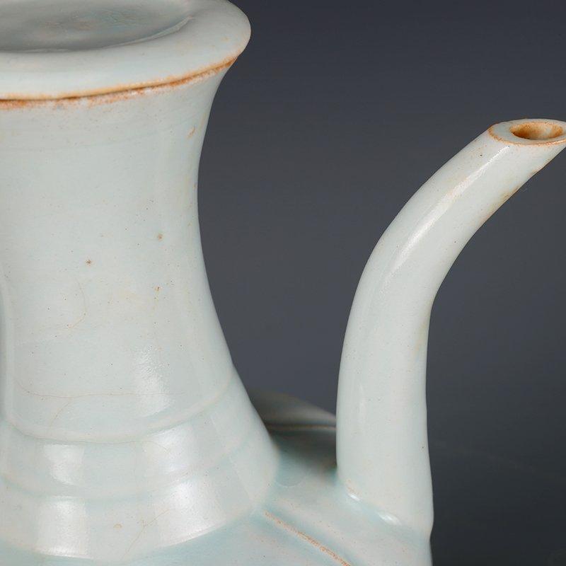 Song Dynasty green glaze hand-held pot - 3