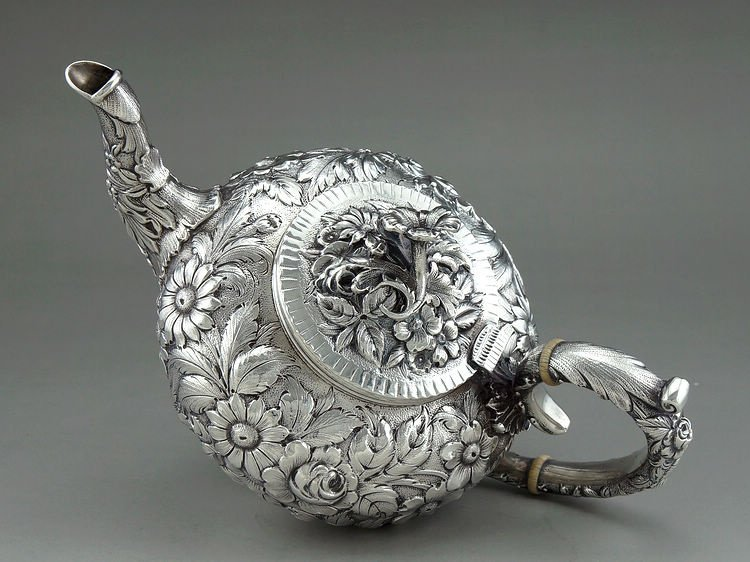 1925 Kirk & Son 4 pieces of sterling silver rose teapot - 6