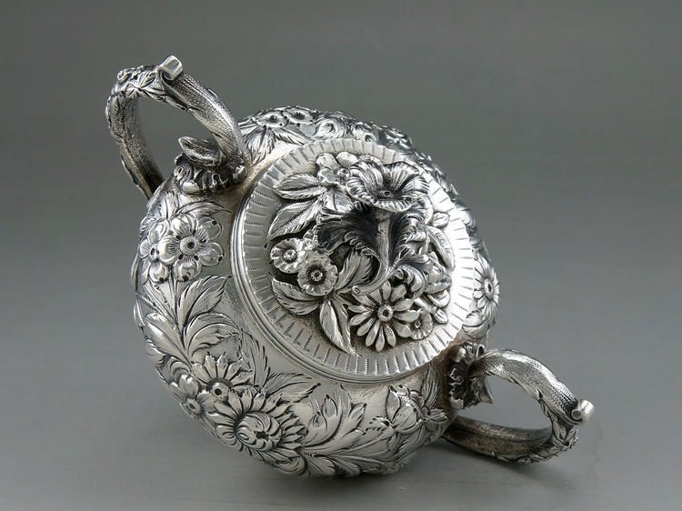 1925 Kirk & Son 4 pieces of sterling silver rose teapot - 8