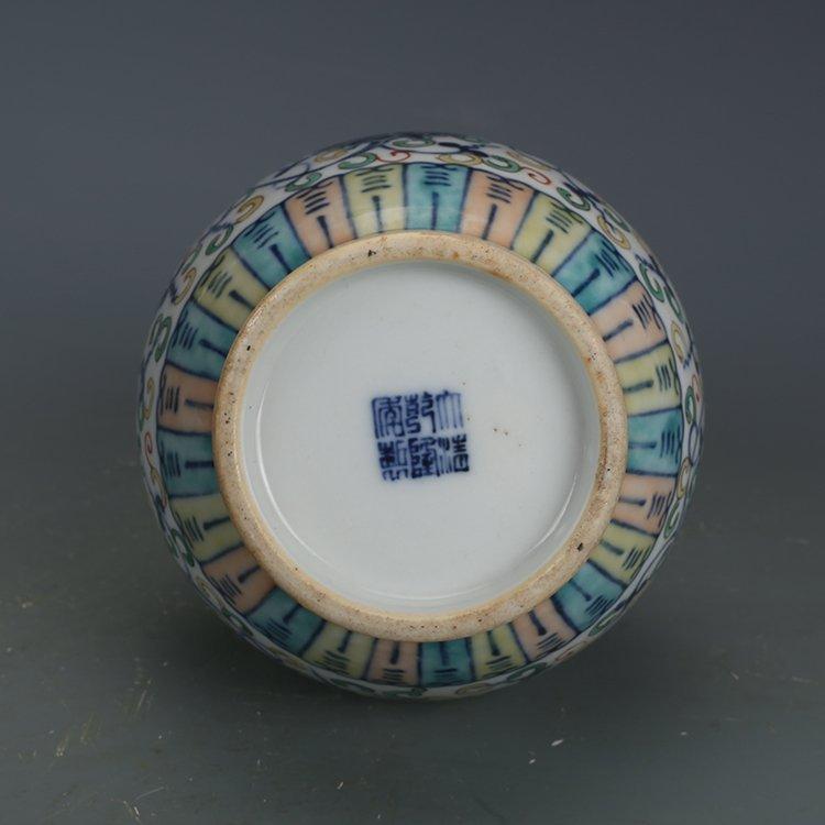 Qing Dynasty blue and white porcelain gourd bottle - 7