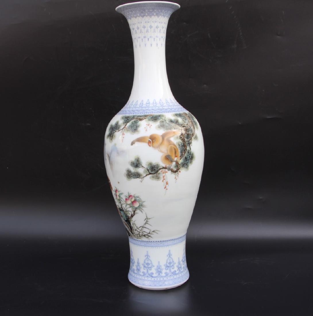 Wang Kunrong Famille Rose Vase - 5