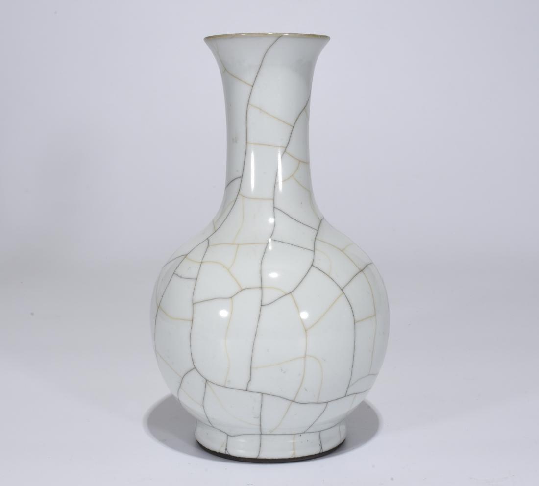 A Ge-Type Vase