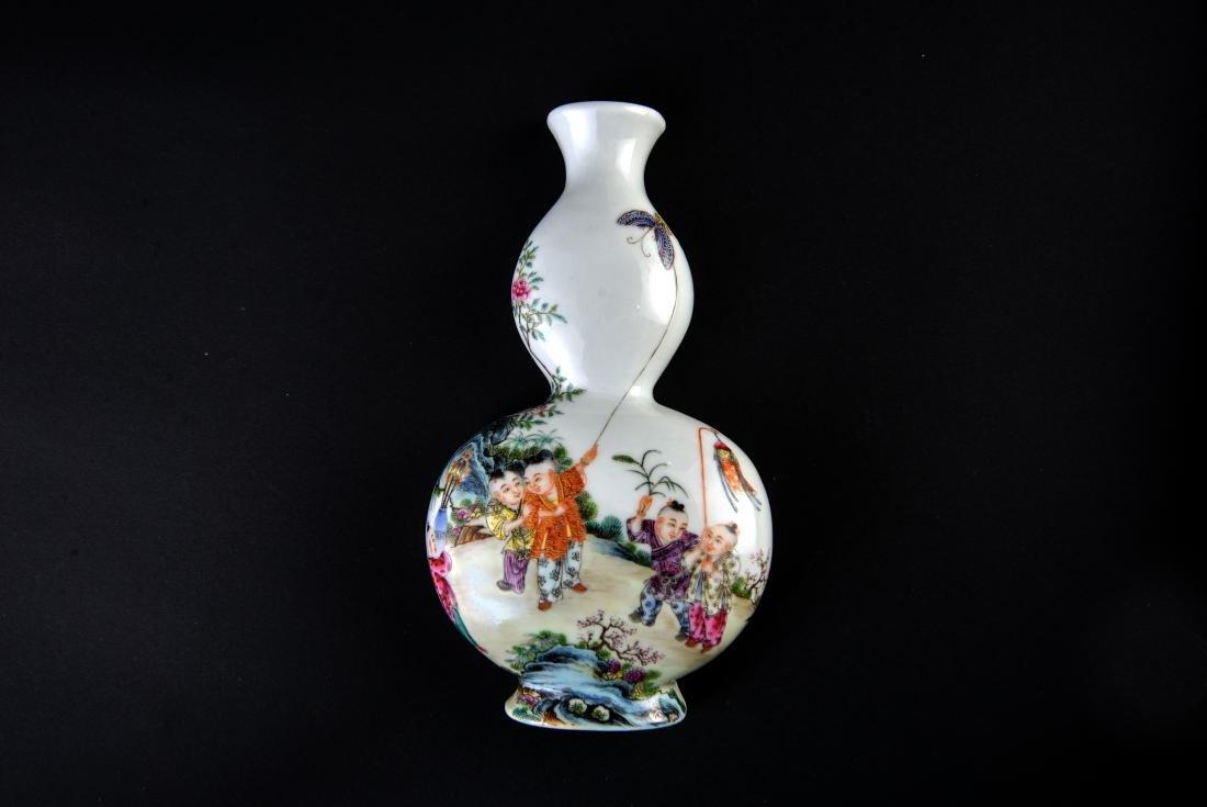 Qing Qianlong Marked Famille Rose Vase - 3