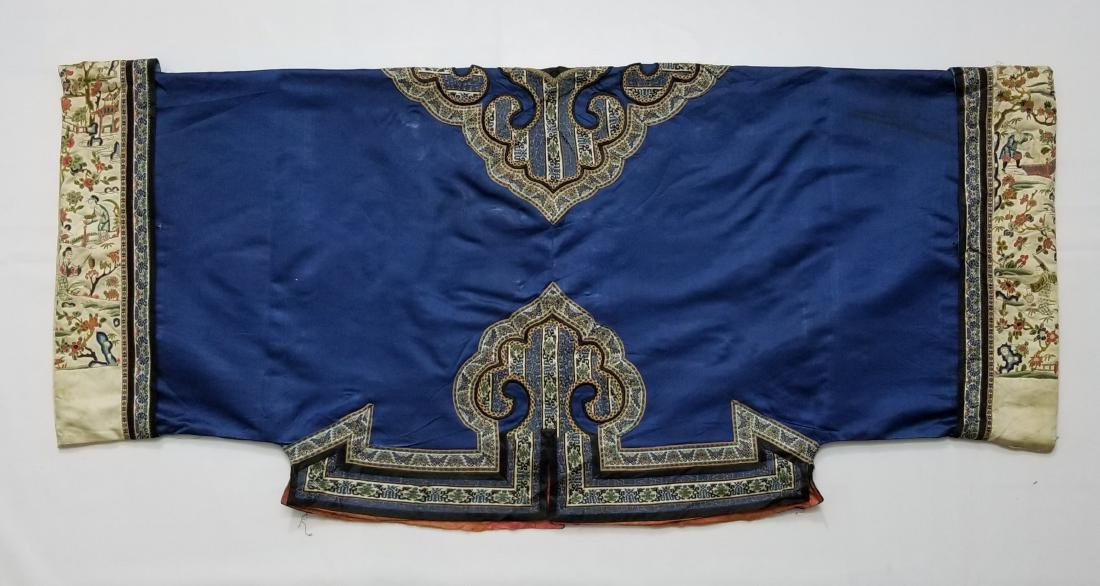 Antique Chinese Silk Woman's Robe - 3