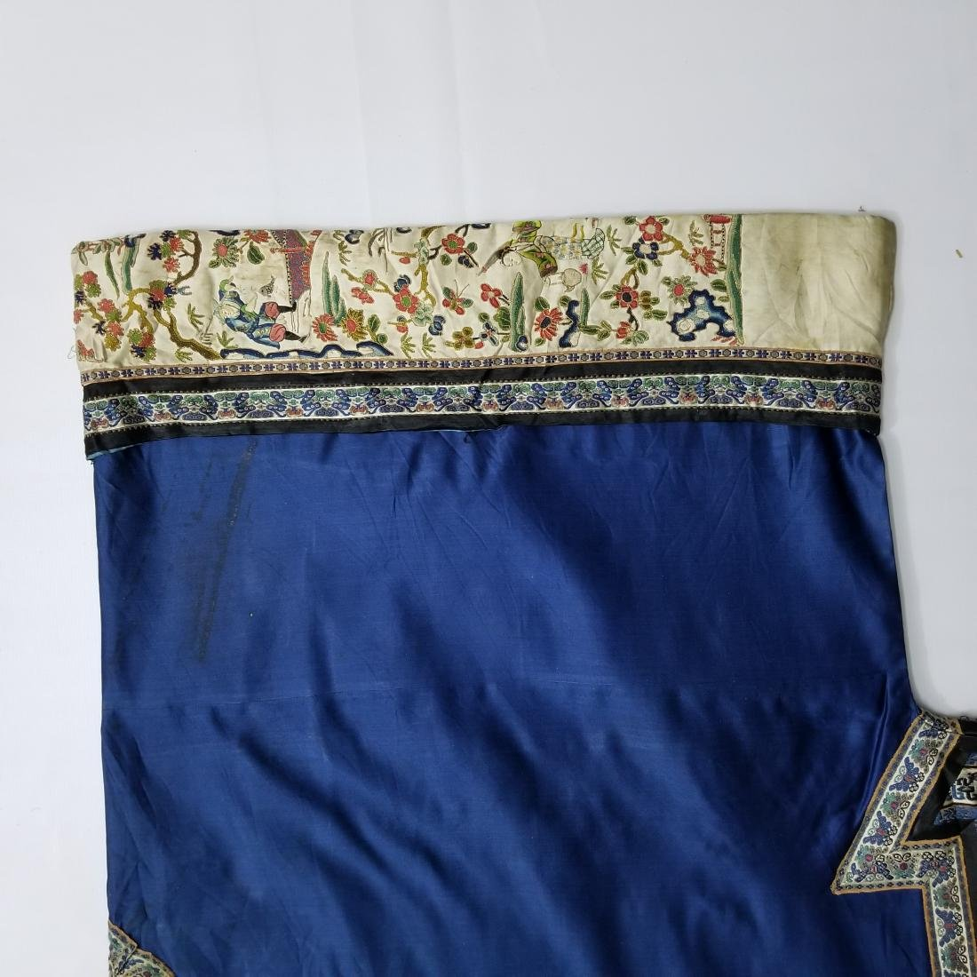 Antique Chinese Silk Woman's Robe - 4