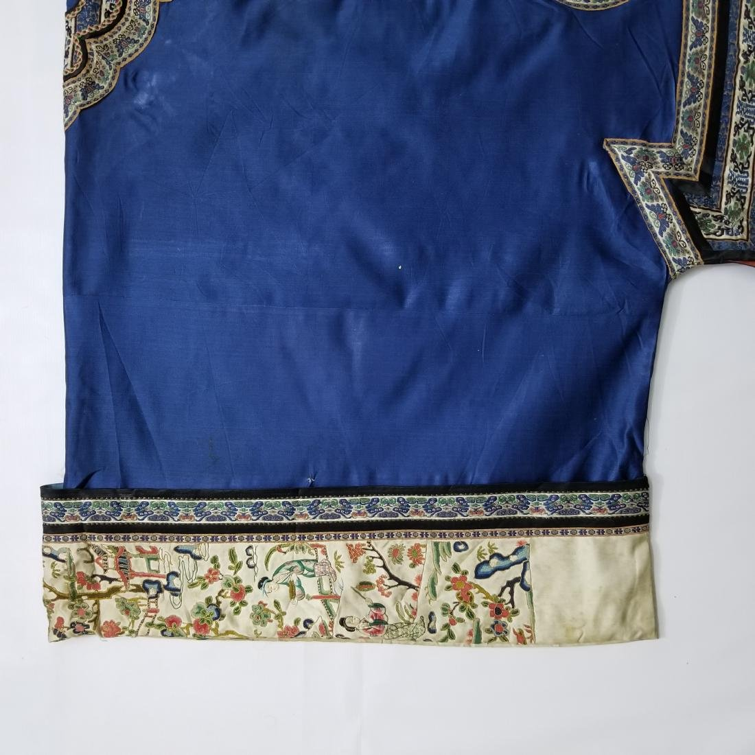 Antique Chinese Silk Woman's Robe - 5