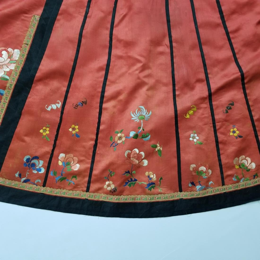 Antique Chinese Silk Hand Embroidered Skirt - 4