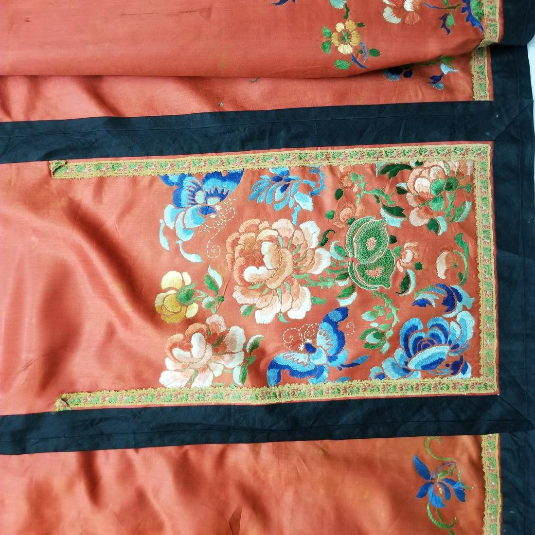 Antique Chinese Silk Hand Embroidered Skirt - 5