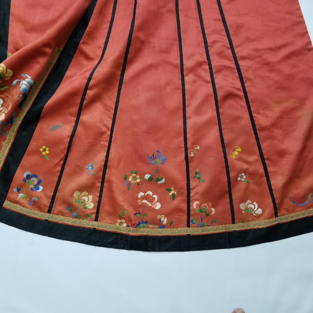 Antique Chinese Silk Hand Embroidered Skirt - 7