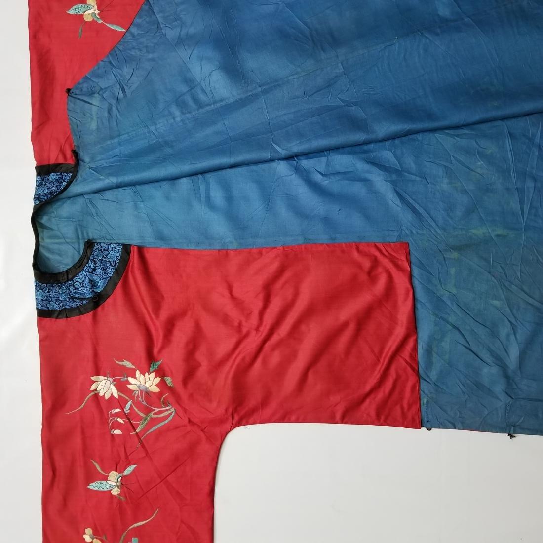 Antique Chinese Silk Hand Embroidered Silk Robe - 10