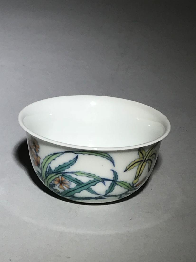 Yongzheng Marked Doucai 'Butterfly' Cup - 4