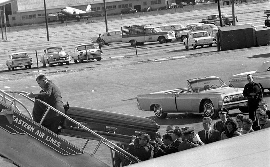 Eastern Airlines JFK Dallas Love Field Air Force One - 4