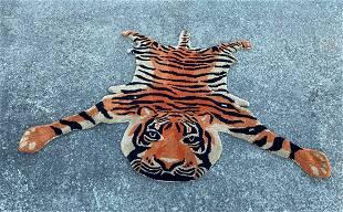 A Persian Tiger Figure Rug 3' x 5'
