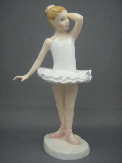 61: Royal Doulton Little Ballerina HN3395