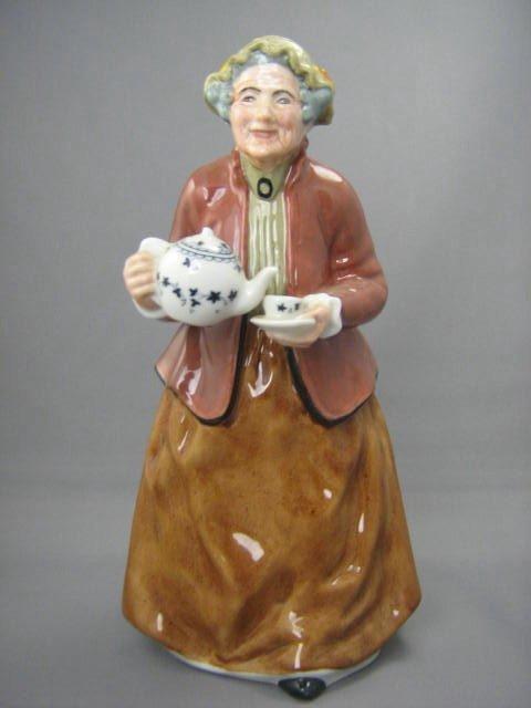 2004: Royal Doulton Figurine Teatime
