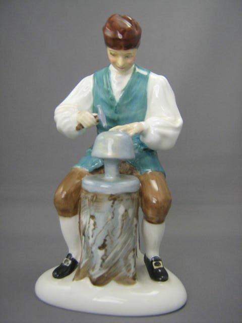 2010: Royal Doulton Figurine Silversmith of Williamsbur