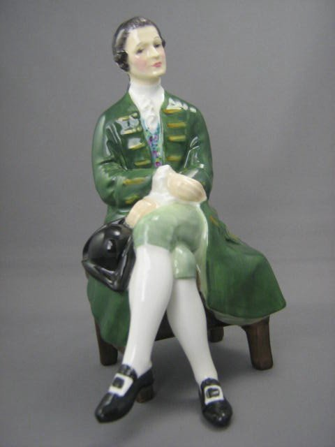 2013: Royal Doulton Figurine Gentleman of Williamsburg