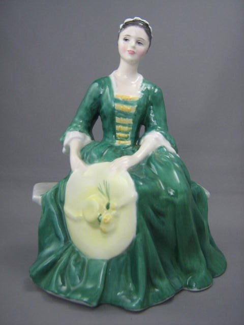 2014: Royal Doulton Lady From Williamsburg