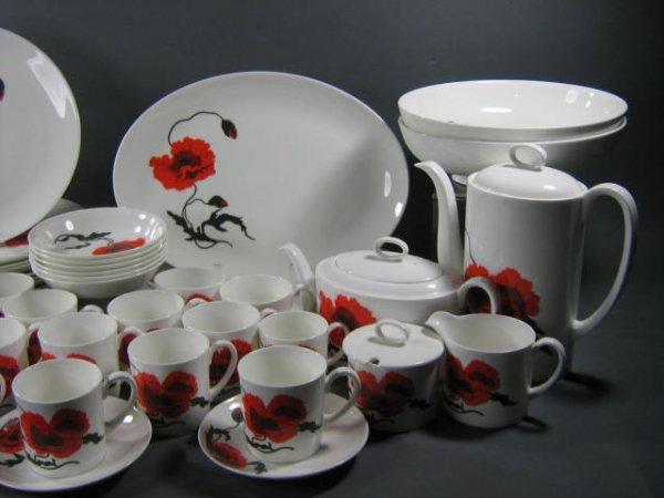 165: Wedgwood Susie Cooper Cornpoppy Dish Set - 2