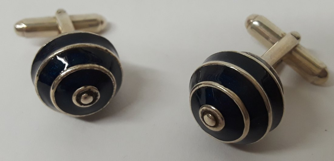 Beautiful Vintage Sterling Silver & Enamel Cuff links